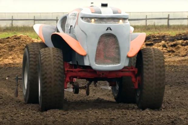 Bezzałogowy traktor