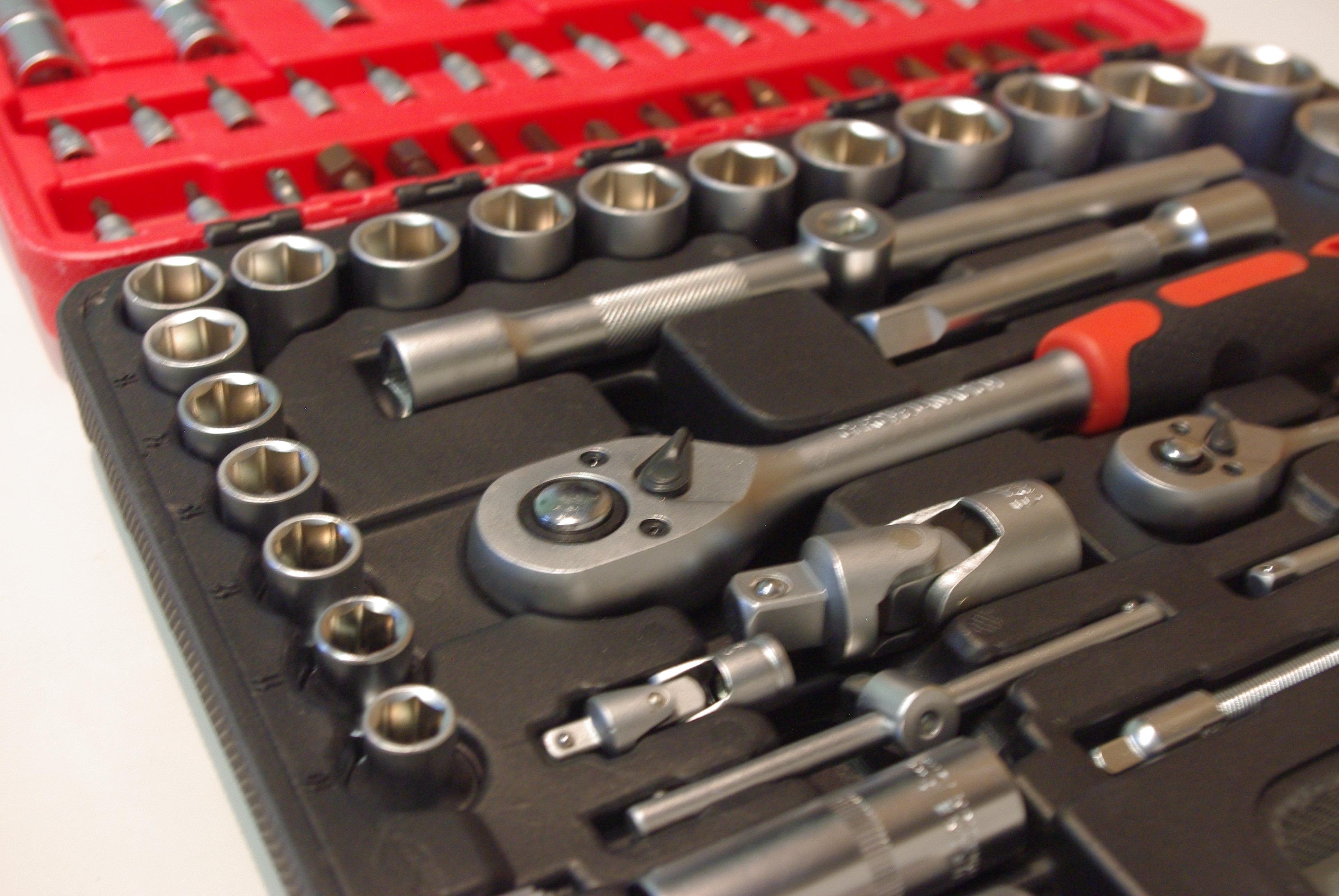 Zestaw narzędzi ½ cala i ¼ cala